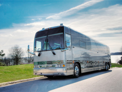 2009 Prevost XL2 Entertainer Coach with Slide - #09583 » Bus