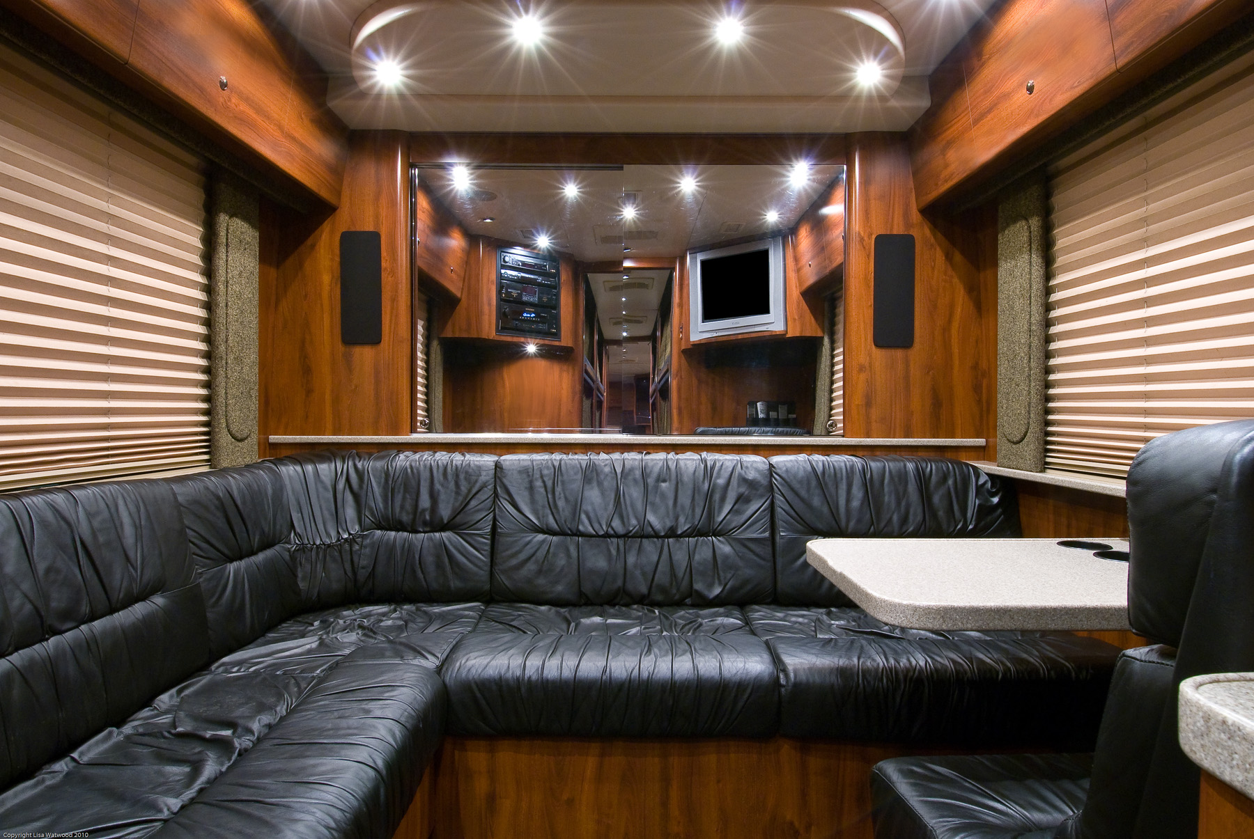 Down Payment Calculator >> 2004 Prevost XL2 Entertainer Coach - #04319 » Bus Traders ...